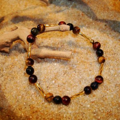 OEIL DE TIGRE-FAUCON-TAUREAU et perles de roche en BRACELET