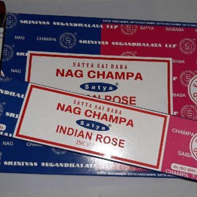 Encens Satya double parfum Nag Champa et Rose indienne (bâtons)