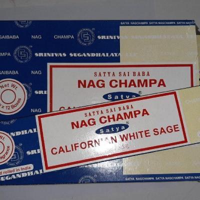 Encens Satya double parfum Nag Champa et Sauge blanche de californie (bâtons)