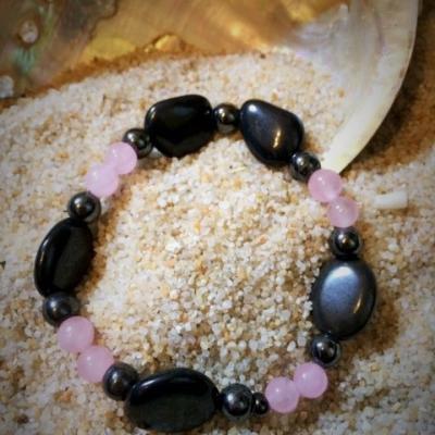 Bracelet en Magnétite (pierre d'aimant) et Quartz rose