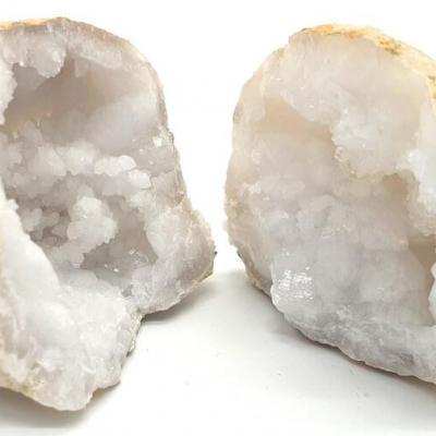 Geode ouverte de cristal de roche