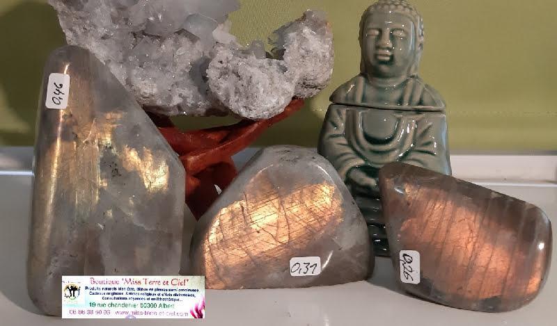Labradorite mystique shine 4 boutique pierres mineraux essens huile essentielle esoterique spirituelle soin energetique miss terre et ciel albert