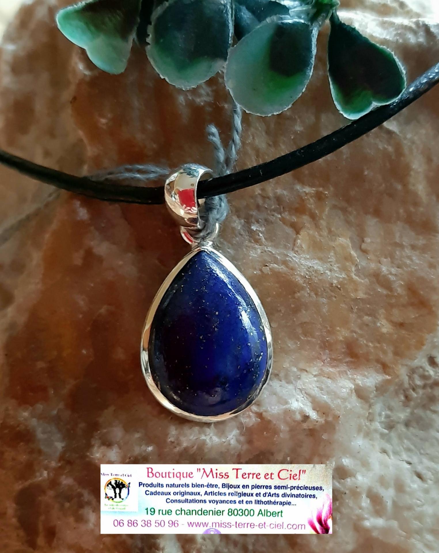 Pendentif en lapis lazuli 2