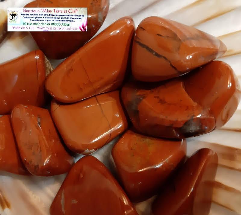 Pierres roulees de jaspe rouge
