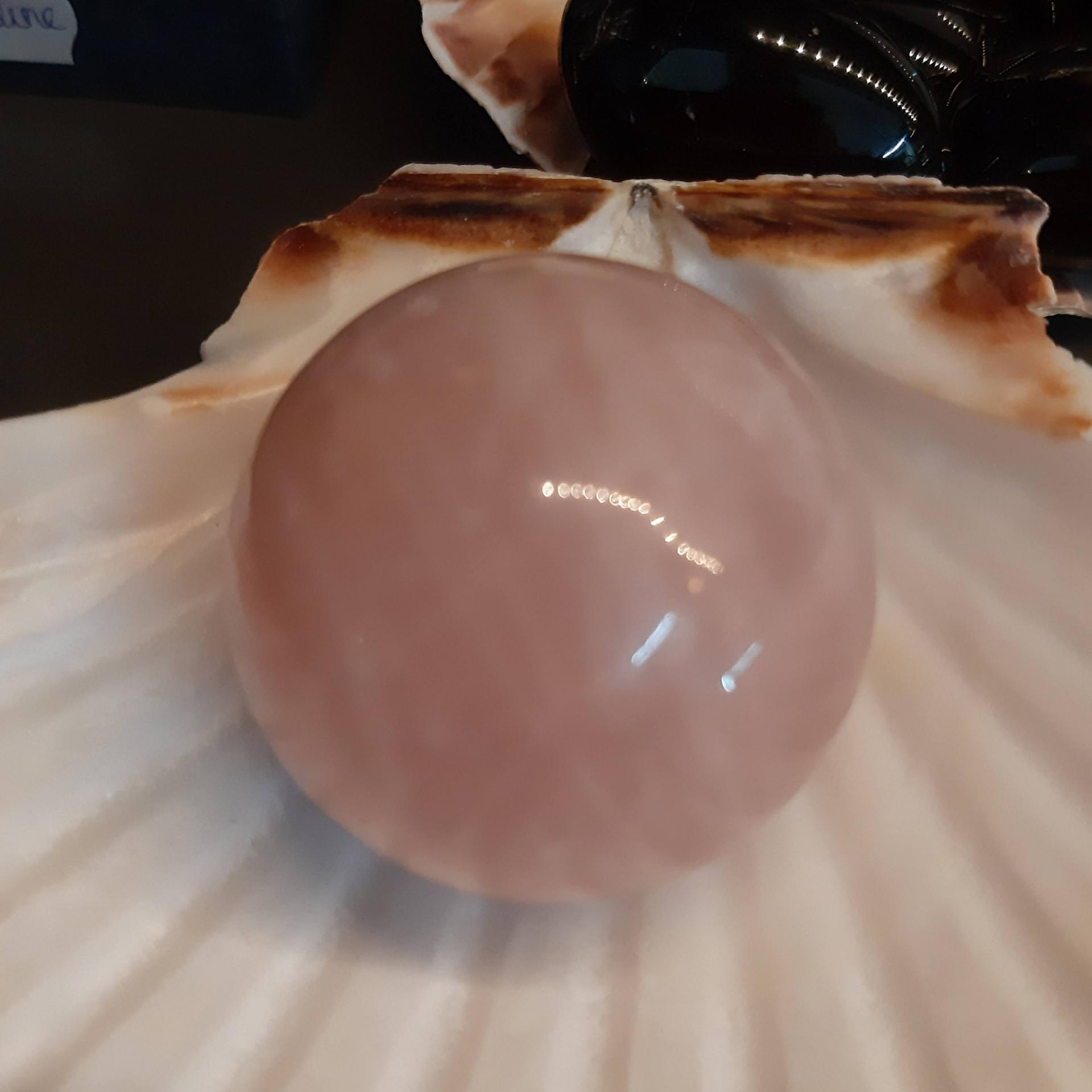 Sphere de quartz rose