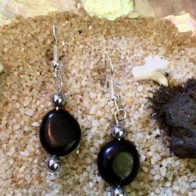Boucles d'oreilles en Magnétite (pierre d'attirance et d'aimant)